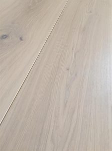 Whitewash light Oak flooring, tinted lacquer finish