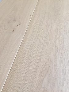 Light white Oak flooring, light oil for unfinished look